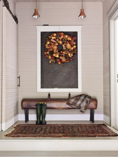 Via Www.countryliving.com Love The Colors In The Wreath And Rug.