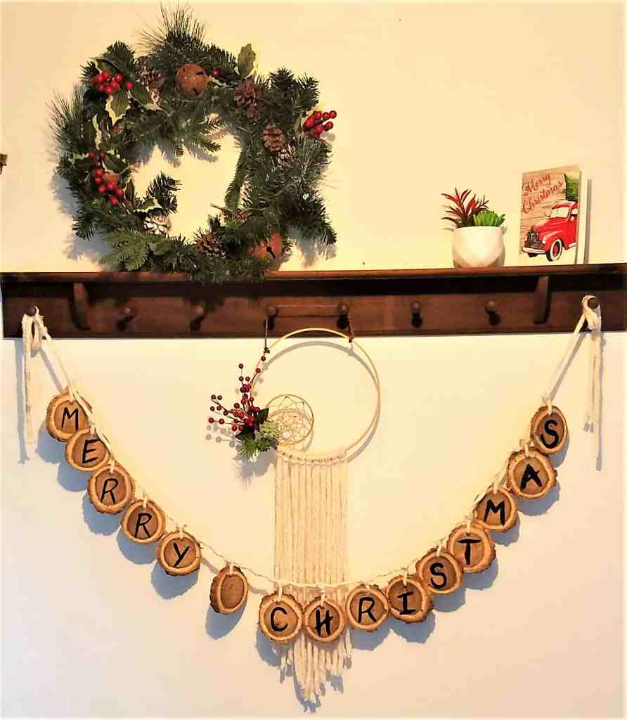 Wooden Christmas garland finished