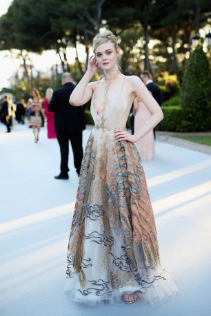 cannes 2016 elle fanning - valentino