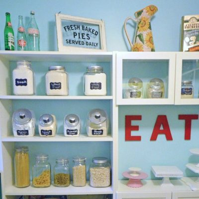 How to Effectively Clean Out The Pantry
