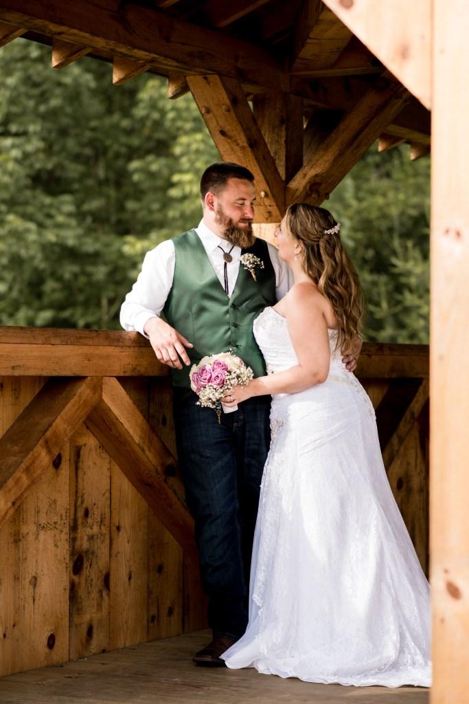 Wedding Photography_Wedding Photographer_Husband and Wife_Covered Bridge_Stolen Moment