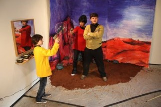 star_trek_tv_(installation)_1