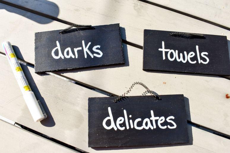 photo of mini chalkboard label signs