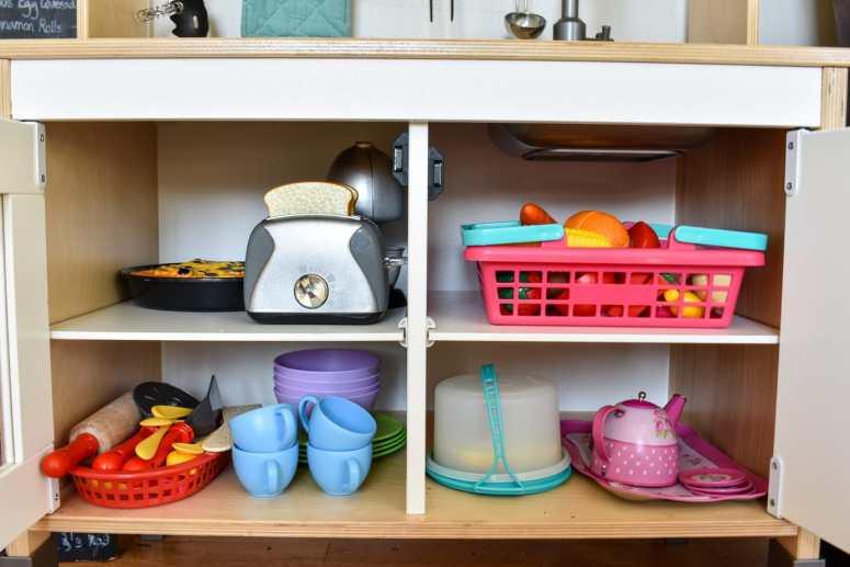 photo of organized play kitchen