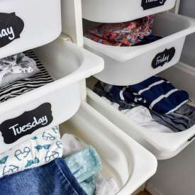 Organize Kids' Clothes for School!