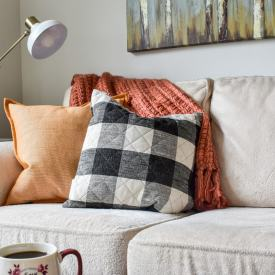 Cozy Up for Fall! Gorgeous Throws to Warm Up Your Living Room