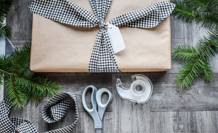 Christmas Gift Wrapping Ideas: Pretty & Simple