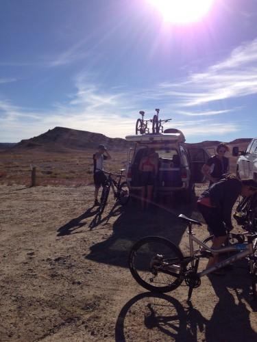The crew getting ready to go bike the Klondike Bluffs