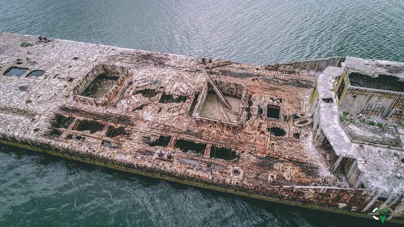 eastern shore getaways ghost ships