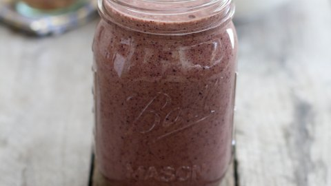 Cacao and Blueberry Smoothie