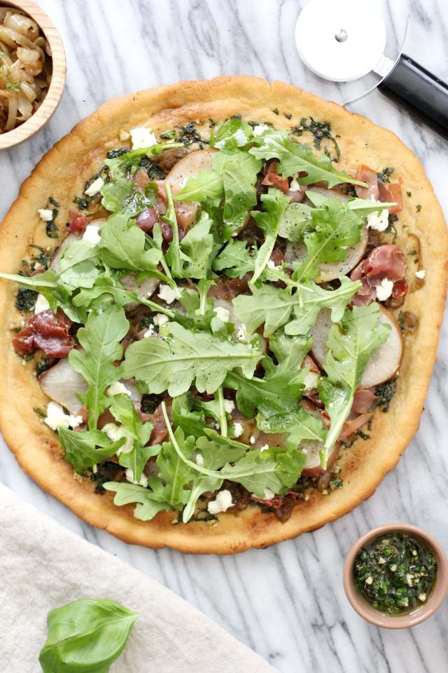 Caramelized Onion, Prosciutto and Arugula Flatbread: Jessi's Kitchen