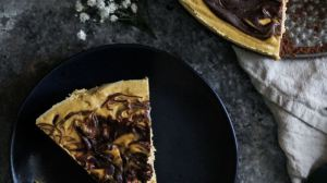Vegan Pumpkin Chocolate Cheesecake