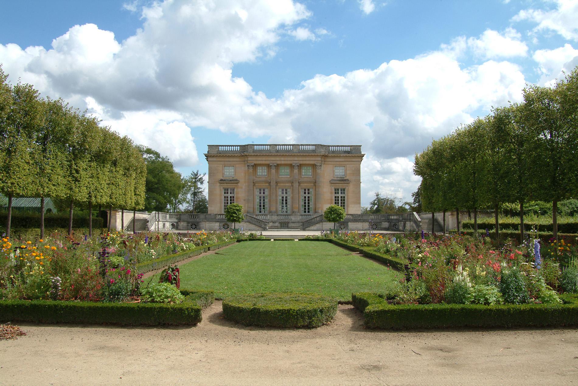 Le Petit Trianon, museum in memory of Marie-Antoinette   © Breguet