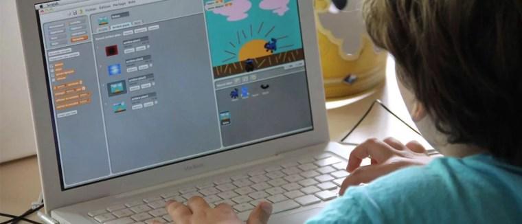 Des écoles apprennent aux enfants à créer des jeux vidéo