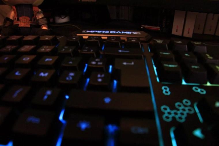 test du clavier Empire Gaming K900