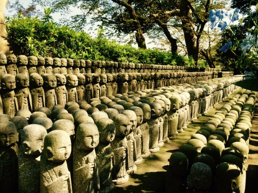Kamakura temple statues