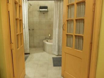 Ranjit's Svaasa bathroom