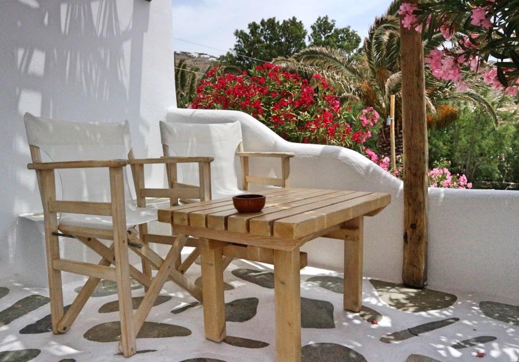 Baba Houlakia private terrace