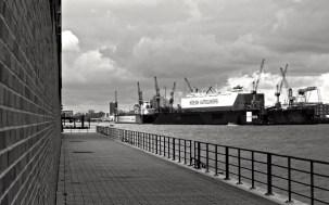 Wolken überm Hafen