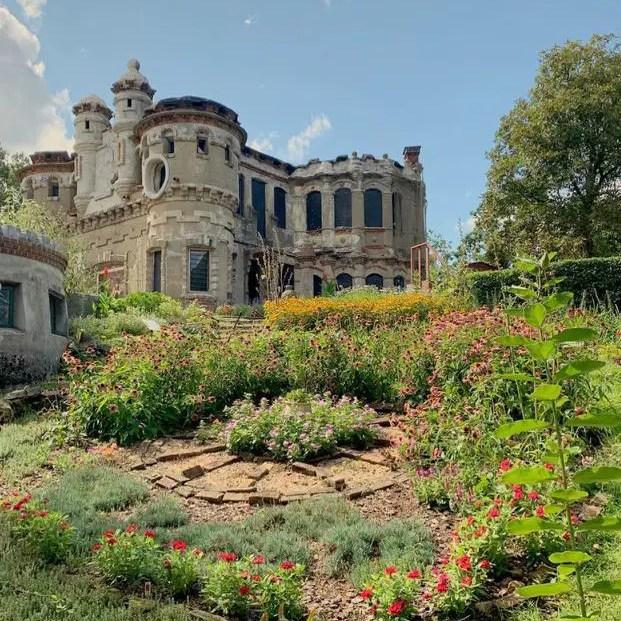 Bannerman's Castle Gardens outside Beacon New York. Idea for a road trip stop