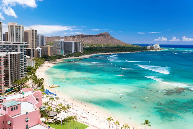 Oahu, Hawaii. Safest places to travel after coronavirus.