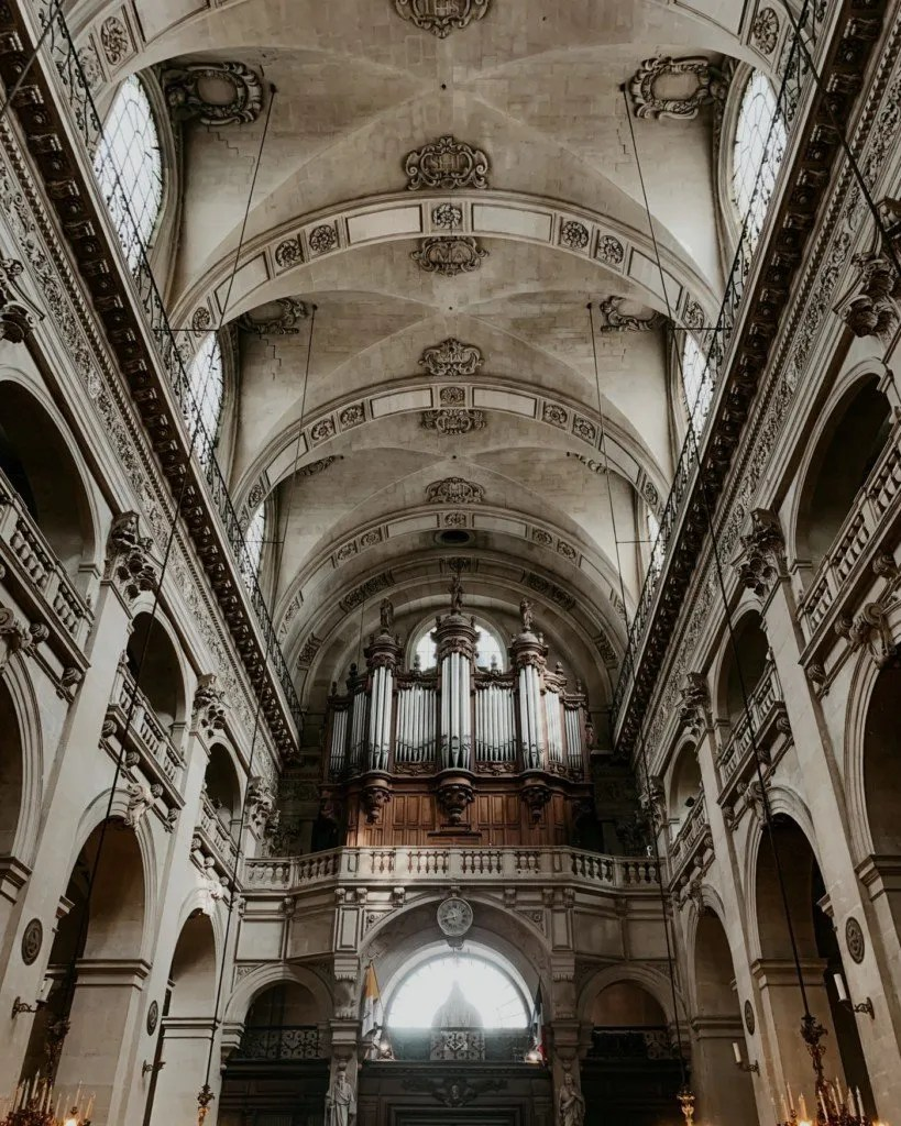 arched ceiling at Eglise Saint Paul Saint Louis Church one of the places to see when spending 24 hours in Paris