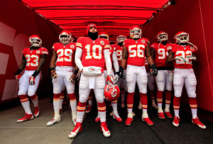 hi-res-451758657-the-kansas-city-chiefs-wait-in-the-tunnel-to-be_crop_650x440