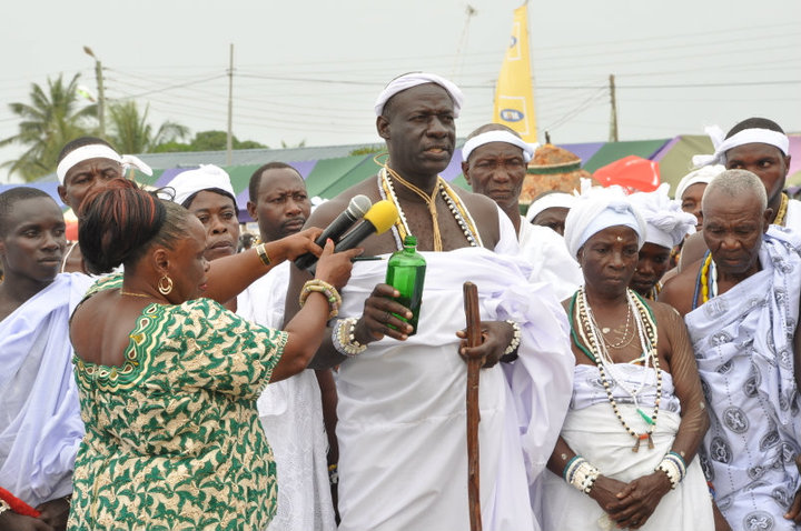 Pouring of libation at Asafotufiam Festival
