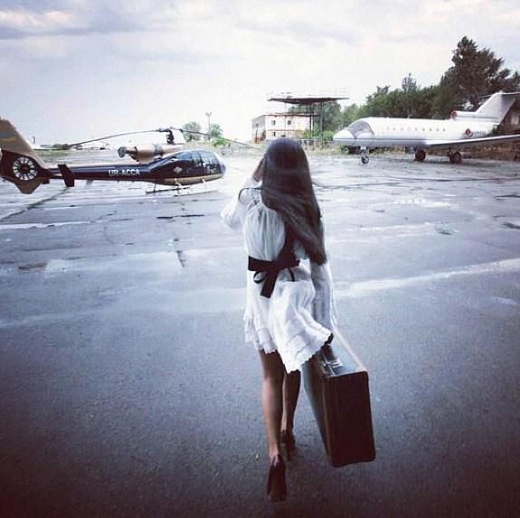 Jetset Babe boarding