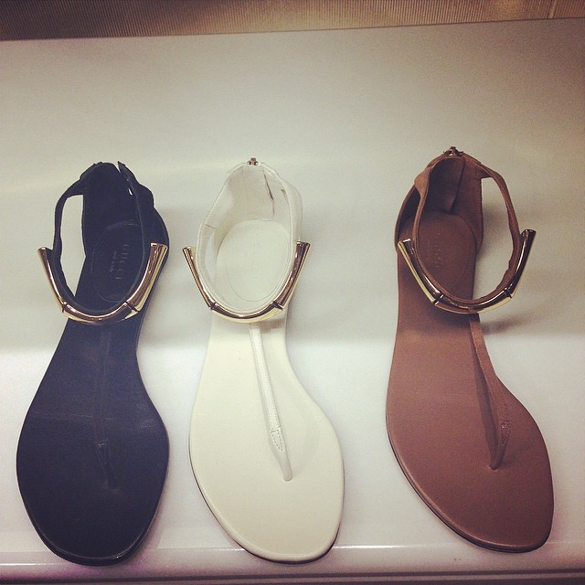 gucci-flat-sandals