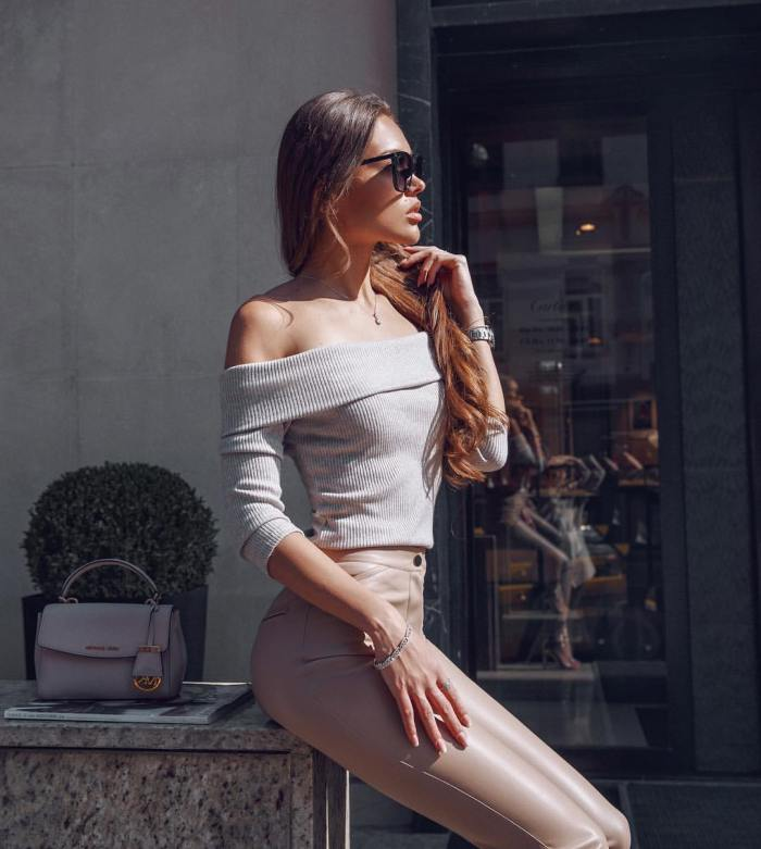 Classy Fashion in Neutral Colors