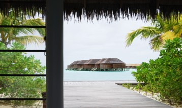 veligandu island resort villas