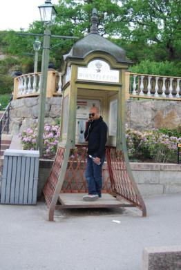 skansen-phone-box