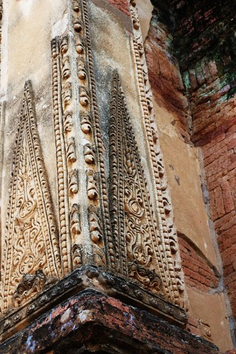 Biking in Bagan, temple details 16