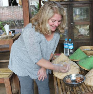 Cooking in Myanmar 3