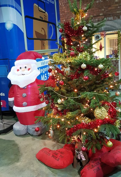 Mission Christmas Cash for kids Manchester 16