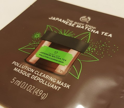 Japanese match tea face mask