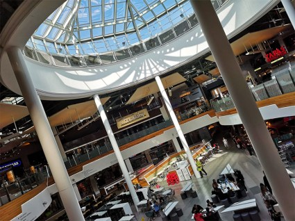 Meadowhall shopping review 228