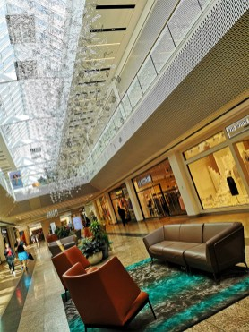 Meadowhall shopping review 94
