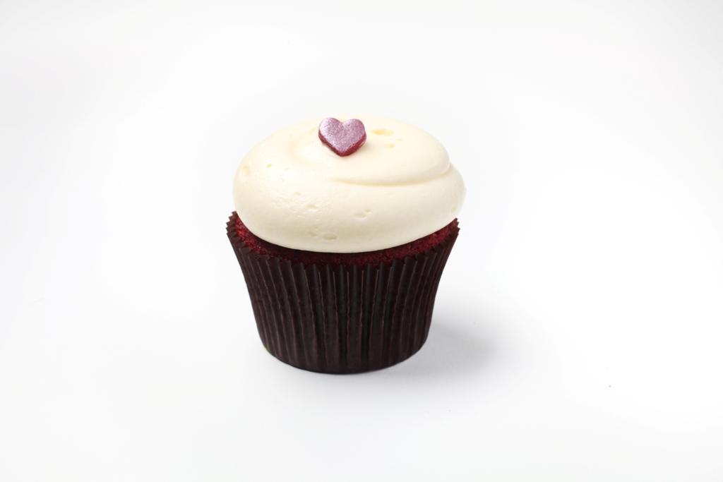 Georgetown Cupcake's Red Velvet Cupcakes With Vanilla