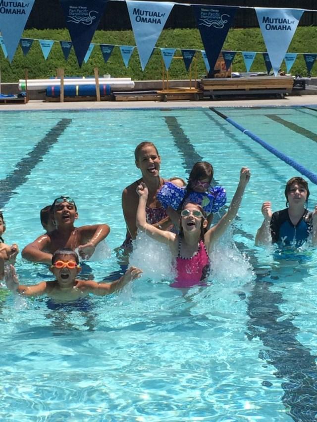#FunnestSport Kids in Pool