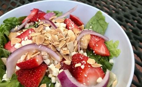 Fazoli Natural Strawberry Goat Cheese Salad