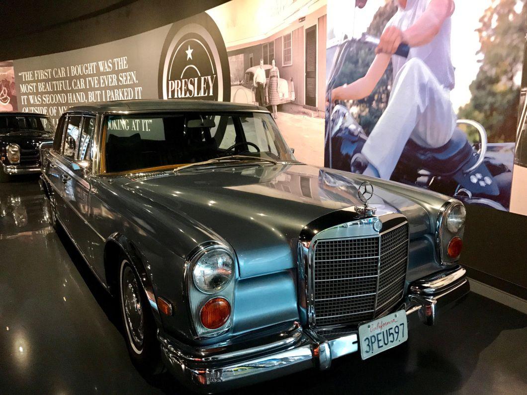 Graceland Memphis | Presley Motors Mercedes Benz Limo