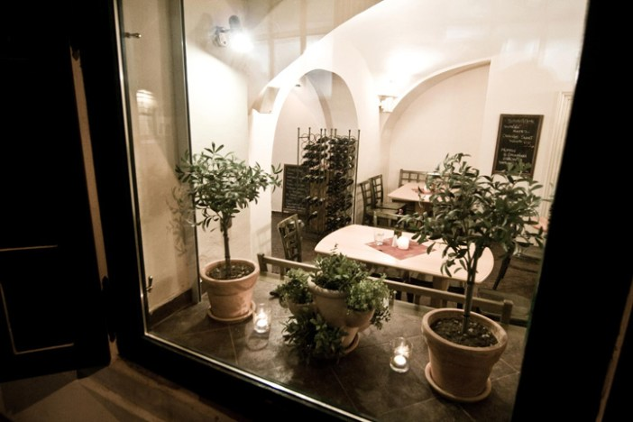 Estrella Prague Vegetarian Restaurant