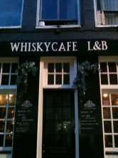 DRINK Whiskycafé L&B - 1,500 bottles of whiskey will guarantee mouthwatering cocktails with refined quality. Address: Korte Leidsedwarsstraat 82, 1017 RD Amsterdam, Netherlands.