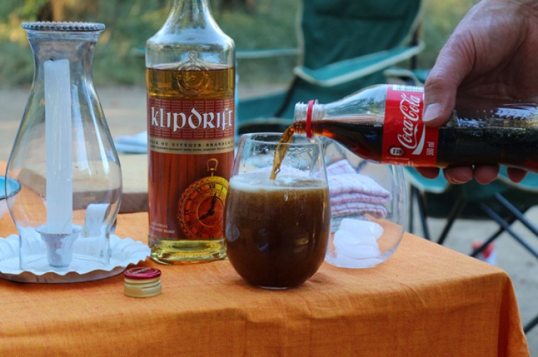 klippies en coke south africa
