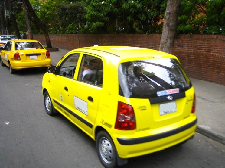 8 Taxicab in downtown Bogotá