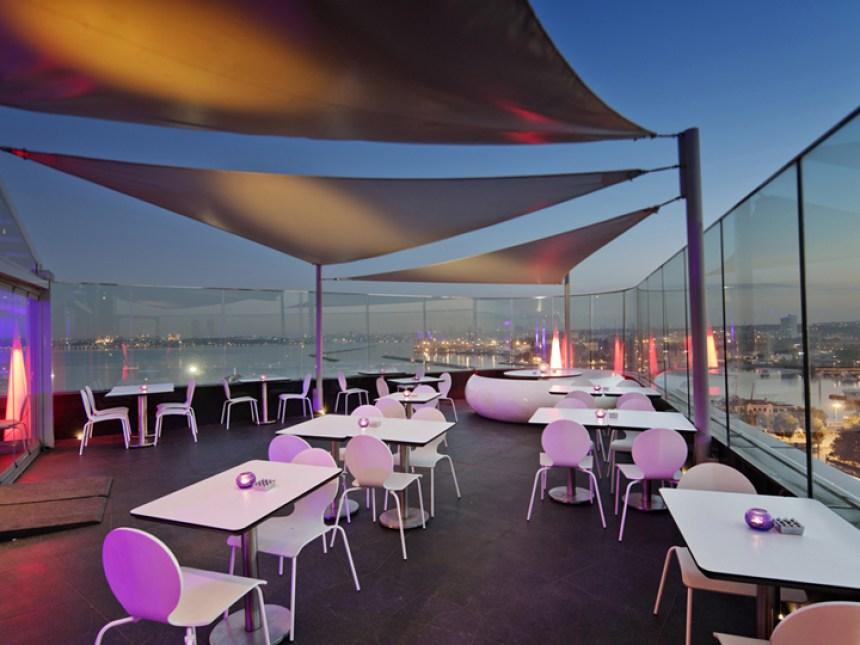 360 Istanbul Turkey interior