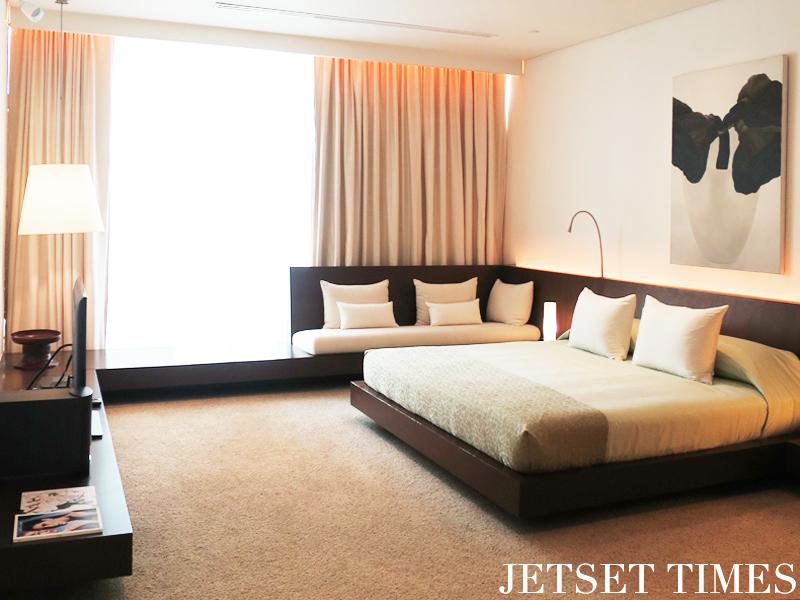 bedroom-in-penthouse-suite