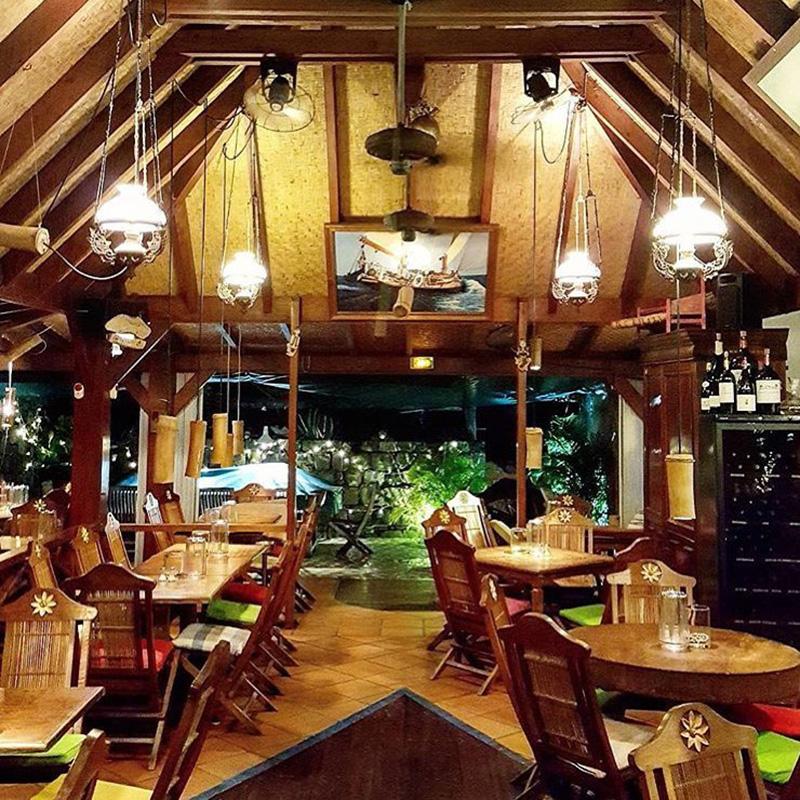 Facebook Eddy's restaurant Gustavia